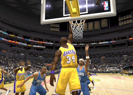 Shaquille O'Neal in NBA Live 2004
