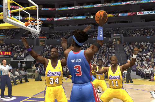 The Los Angeles Lakers and Detroit Pistons battling it out in NBA Live 2004
