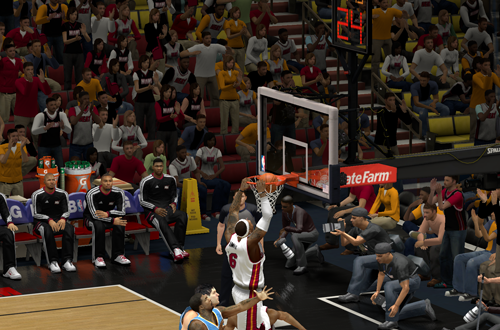 LeBron James dunks in NBA 2K14 PC