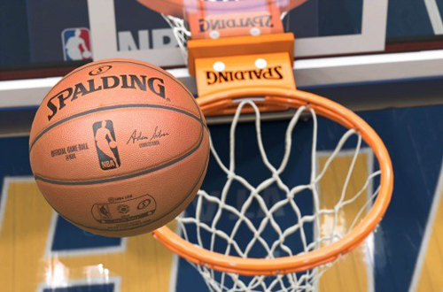 The basketball and rim in NBA Live 15