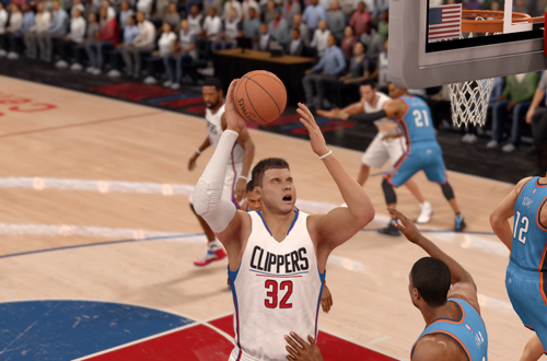 Blake Griffin with the layup in NBA Live 16