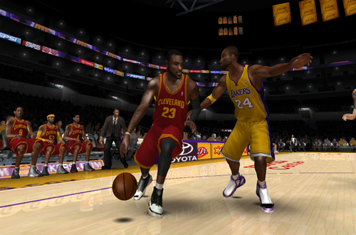 LeBron James vs. Kobe Bryant in an updated roster for NBA Live 08