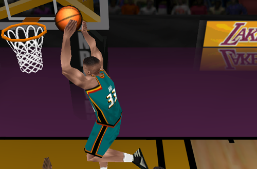 Grant Hill dunking in NBA Live 98