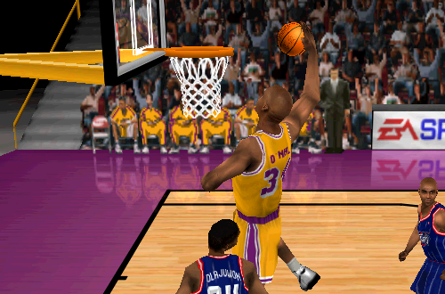 Shaquille O'Neal dunks in NBA Live 99