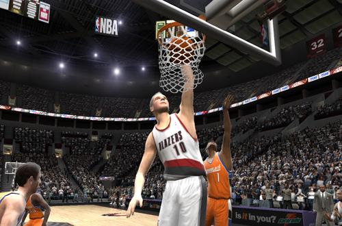 Joel Przybilla dunks the basketball in NBA Live 2005