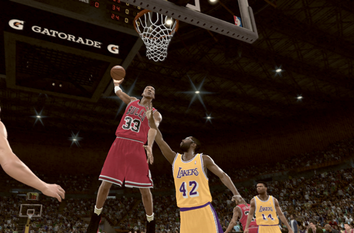 Scottie Pippen dunks on the Lakers in NBA 2K11's Jordan Challenge