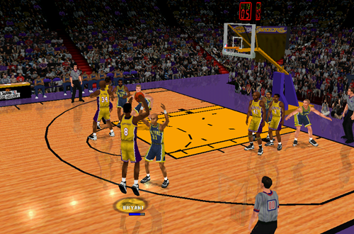 Kobe Bryant shoots the basketball in NBA Inside Drive 2000