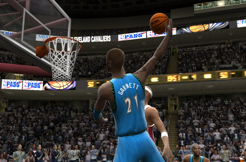 Kevin Garnett dunks the basketball in NBA Live 2005