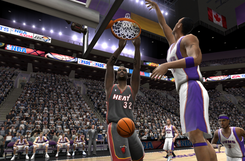 Shaquille O'Neal Dunks in NBA Live 2005