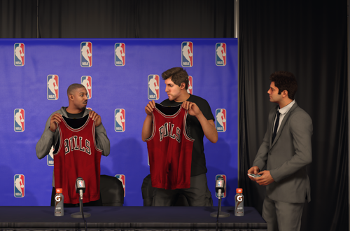 Signing with the Chicago Bulls in NBA 2K17's MyCAREER