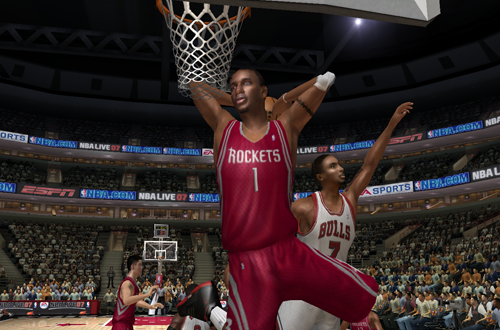 Tracy McGrady dunks the basketball in NBA Live 07