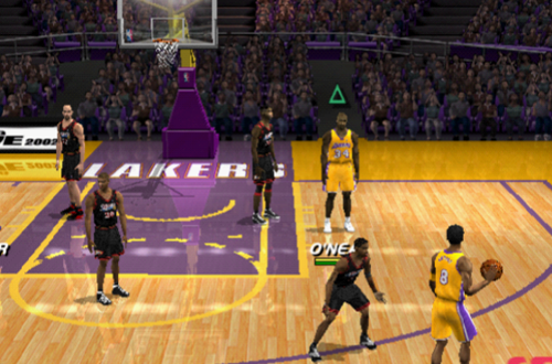 Walking with Direct Pass (NBA Live 2002)