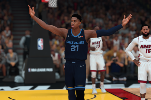 Weird NBA 2K19 MyCAREER Trades: Hassan Whiteside to Memphis