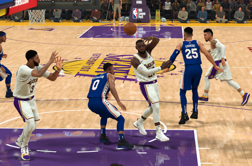 LeBron James passes to Anthony Davis (NBA 2K20)