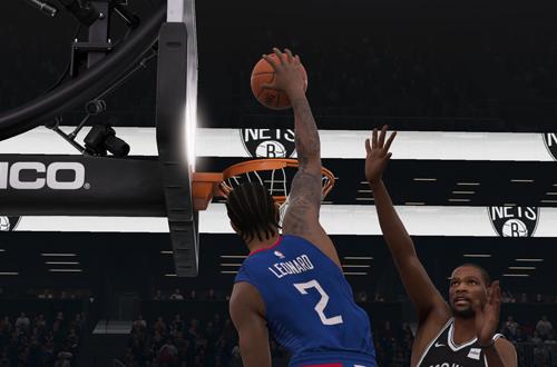 Kawhi Leonard dunks in NBA Live 19