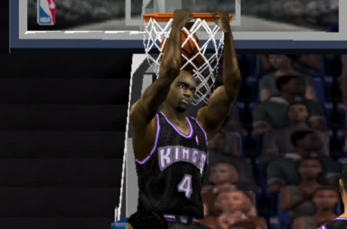 Chris Webber Dunks in NBA Live 2002